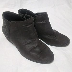 Faded Glory Shoes - Faded Glory Size 6 Grey Booties